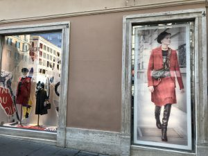 Dior skyltfönster Rom
